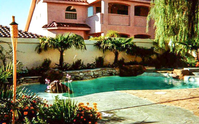 vegas backyard pool